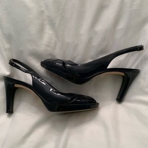 Ladies sling back heels